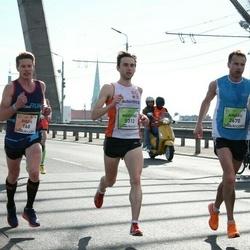 The 27th Lattelecom Riga Marathon - Didzis Glušņevs (168), Ainārs Kvedravičs (2670)