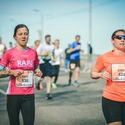 The 27th Lattelecom Riga Marathon - Anna Hillgren (526), Kati Haromo (530)