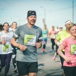 The 27th Lattelecom Riga Marathon - Estere Cīrule (2936), Oskars Cīrulis (2937)
