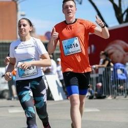 The 27th Lattelecom Riga Marathon - Adelina Youssef (13929), Kristers Plētiens (14016)
