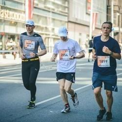 The 27th Lattelecom Riga Marathon - Yauheni Shauchenka (812), Alexander Gusev (1899), Aliaksandr Dzeraviaha (2054)