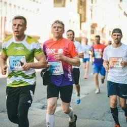 The 27th Lattelecom Riga Marathon - Andris Petrovs (1110), Pēteris Īvāns (9753)