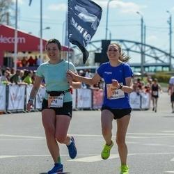 The 27th Lattelecom Riga Marathon - Daria Oshkukova (386), Ekaterina Kraynyuk (678)