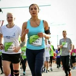 The 27th Lattelecom Riga Marathon - Dārta Tjunīte (4251), Agnese Irbīte (4344)