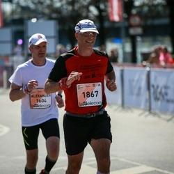 The 27th Lattelecom Riga Marathon - Alexander Volkov (1604), Giles Matsell (1867)