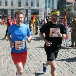 The 27th Lattelecom Riga Marathon - Ainārs Kumpiņš (1006), Agris Rusmanis (1930)