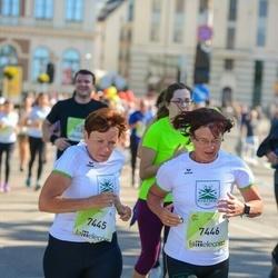 Lattelecom Riga Marathon - Christa Taube (7445), Annegret Brigatt (7446)