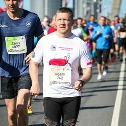 Lattelecom Riga Marathon - Adam Berdzik (742), Jānis Čagus (6877)