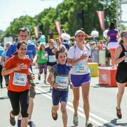 Lattelecom Riga Marathon - Alisa Timofejeva (10096), Lolita Kauķe (14182), Jānis Bižāns (14838)