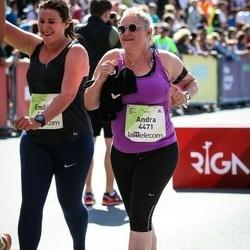 Lattelecom Riga Marathon - Emilija Čeponė (4461), Andra Hurvits (4471)