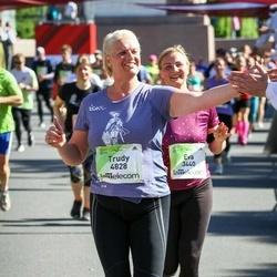 Lattelecom Riga Marathon - Eva Sniķere (3440), Trudy Blackburn (4828)