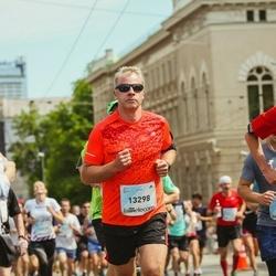 Lattelecom Riga Marathon - Mārtiņš Jirgensons (13298), Alexandre Huffenus (15034)