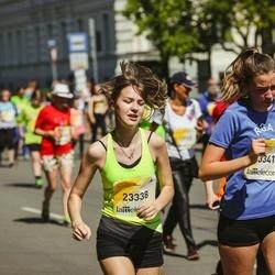 Lattelecom Riga Marathon - Agate Bušmane (23338), Līva Stašāne (23341)