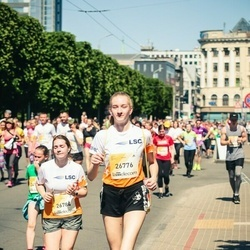 Lattelecom Riga Marathon - Evija Jansone (26776), Vladislava Bondere (26784)