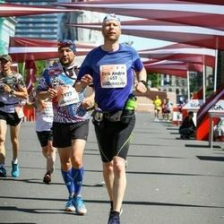 Lattelecom Riga Marathon - Erik Andre Torbergsen (457), Azat Agzamov (1977)