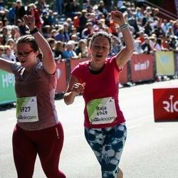 Lattelecom Riga Marathon - Agnese Girviča (6927), Raja Avetisjans (6949)