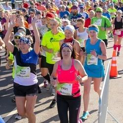 Lattelecom Riga Marathon - Mare Pukk (5039), Volha Lutsevich (7601), Evita Vēvere (7901)
