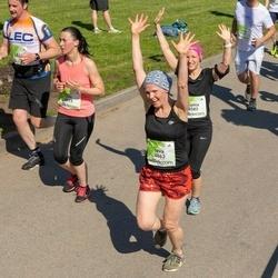 Lattelecom Riga Marathon - Ieva Salmane (4063), Gunta Reinicāne (6583), Ilze Štila (6911)