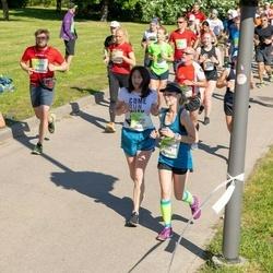 Lattelecom Riga Marathon - Kristīne Marčinkus (4231), Anastasija Čekriževa (5565), Jūlija Kuzņecova (6557)