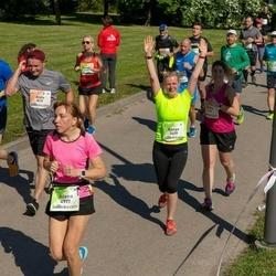 Lattelecom Riga Marathon - Banga Mickevičienė (3658), Jeļena Kraveca (4977)