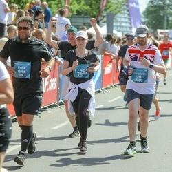 Tet Riga Marathon - Christiaan Coetzee (12981), Emīls Jakrins (13197), Irina Bērzkalne (14252)