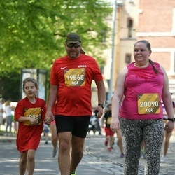 Tet Riga Marathon - Anna Sprince (19563), Kristaps Sprincis (19565), Gabriella Sandlere (20090)