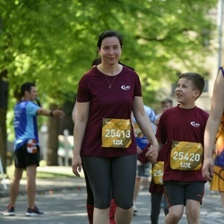 Tet Riga Marathon - Aiga Dombrovska (25413), Gustavs Dombrovskis (25420)