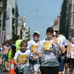Tet Riga Marathon - Mārīte Kārkliņa (20579), Ainārs Kārkliņš (20582), Katrīna Kārkliņa (20584)