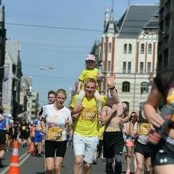 Tet Riga Marathon - Zane Riežniece (21564), Annija Riežniece (23807)