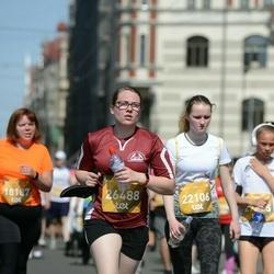 Tet Riga Marathon - Veronika Ivanova (22106), Aigija Tērauda (26488)