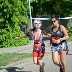 Tet Riga Marathon - Jo Pearce (542), Faatemah-Zehra Piperdy (731)