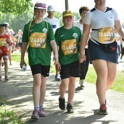 Tet Riga Marathon - Megija Diržine (24451), Adriāna Anete Eihvalde (24452), Helēna Orlova (24459)