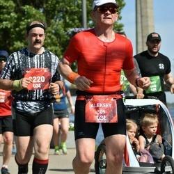 Tet Riga Marathon - Aleksey Dozorov (509), Māris Avotiņš (2220)