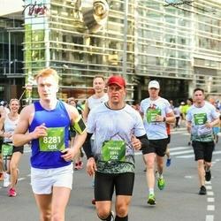 Tet Riga Marathon - Mareks Runts (5894), Valeriy Pisarkov (8281)