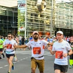 Tet Riga Marathon - Jānis Kolužs (333), Jai Sankar Seelam (645)