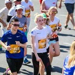 Tet Riga Marathon - Alevtīna Tarasova (18093), Jānis Kolomejevs (21823)