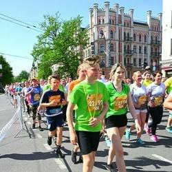 Tet Riga Marathon - Ilona Rudzīte (21156), Dina Jalovčuka (21159), Alise Kuģe (22196), Aleksis Kuģis (22197)