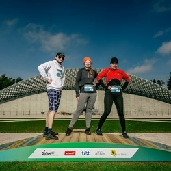 Trase Maratons Mežaparkā '21 - Anete Amere (328), Arta Groma (329), Aigars Groms (330)
