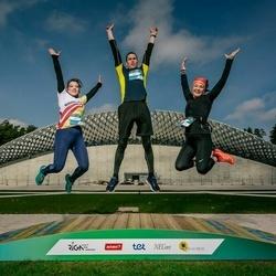 Trase Maratons Mežaparkā '21 - Anita Gavare (514), Vasilij Denisov (515), Olena Fomenki (516)