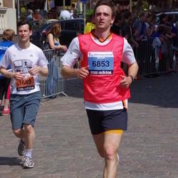The 24th Nordea Riga marathon - Daniel Doucette (1653), Artūrs Rūtiņš (6853)