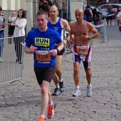 The 24th Nordea Riga marathon - Riccardo Pasqual (674), Gilles Cardon (1328)
