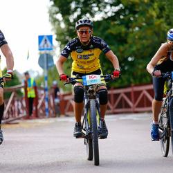 Cycling 45 km - Maria Fastesson (5804), Ninna Lindman (6580)
