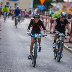 Cycling 45 km - Caroline Bark (5613)