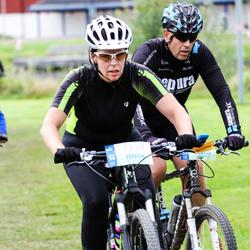 Cycling 95 km - Camilla Sundquist (10008), Stig Hammer (13860)
