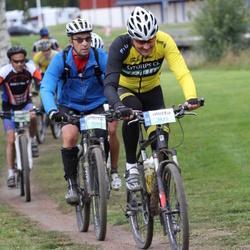 Cycling 95 km - Anders Lindau (5422), Richard Roos (5557)