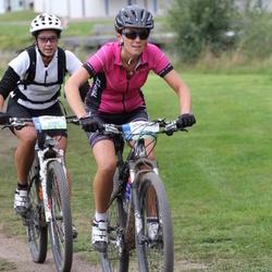 Cycling 95 km - Åsa Nilsson (4987), Malin Boström (5649)