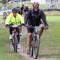 Cycling 95 km - Bodil Løken (7822), Kennet Lundgren (10827)