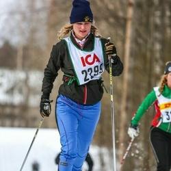 Skiing 30 km - Erika Fletcher (2299)