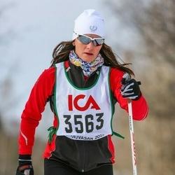 Skiing 30 km - Yvonne Karlsson (3563)