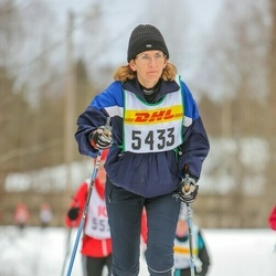 Skiing 30 km - Carin Frost (5433)